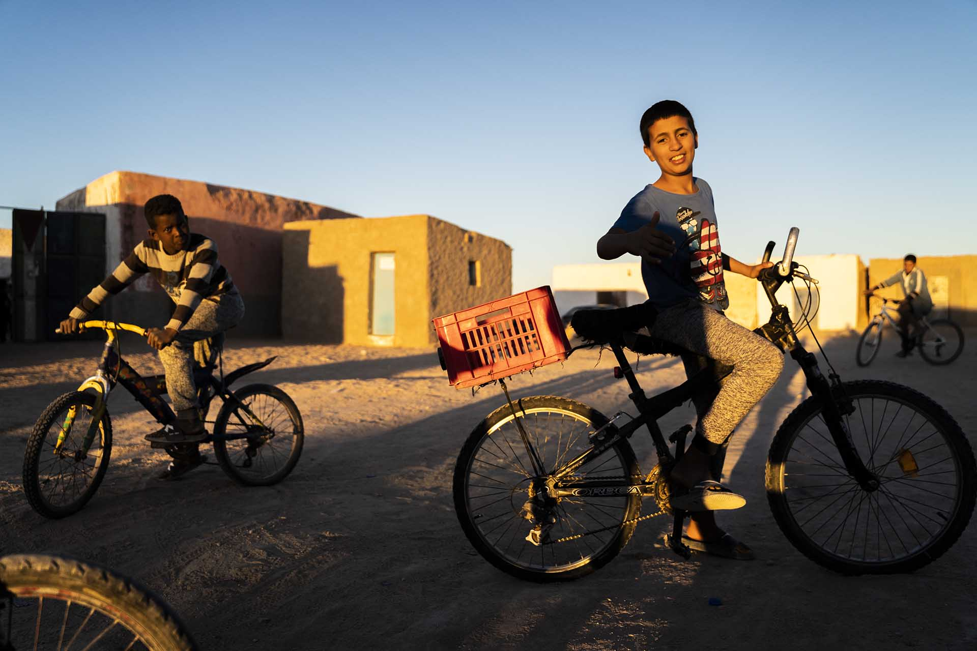 Niños Saharauis en el Sahara