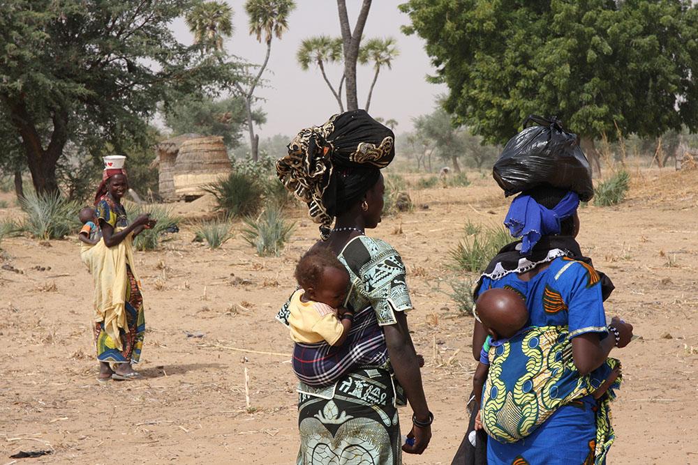 Mujeres en el lago Chad